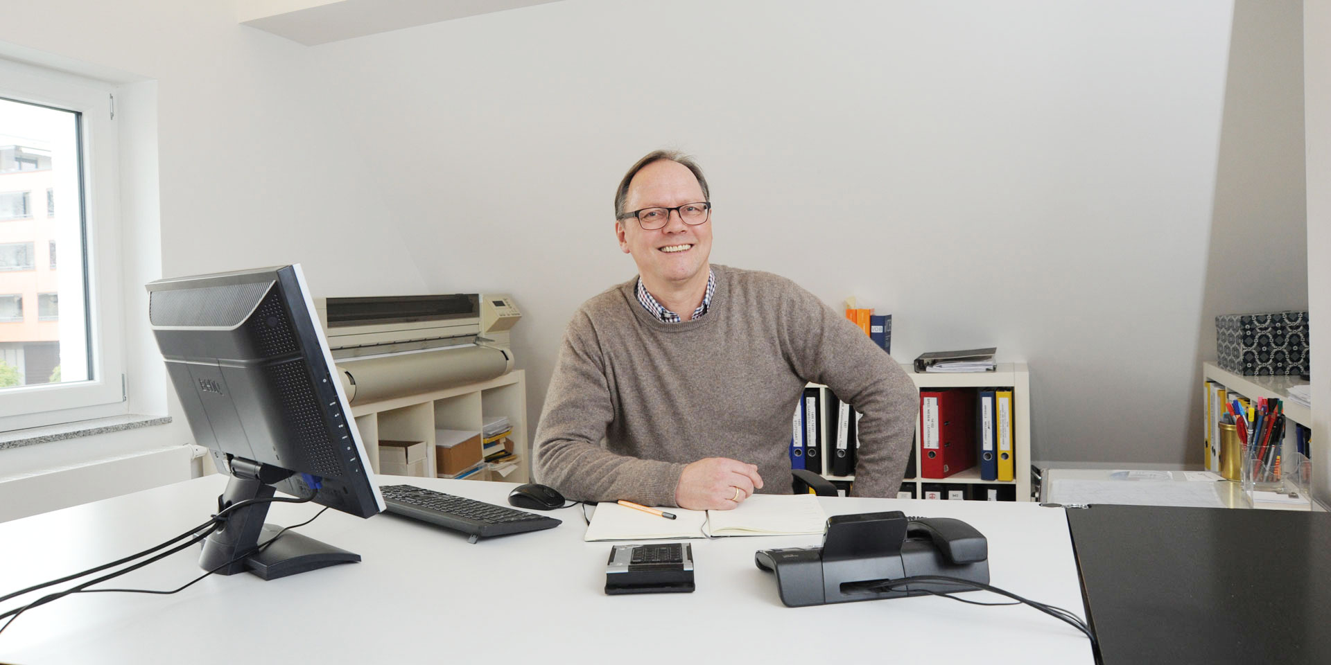 Architekt Thomas Frank in seinem Büro in Mainz